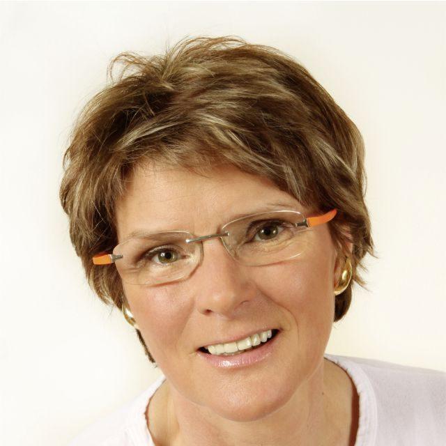 Dr. med. Angela Stirkat